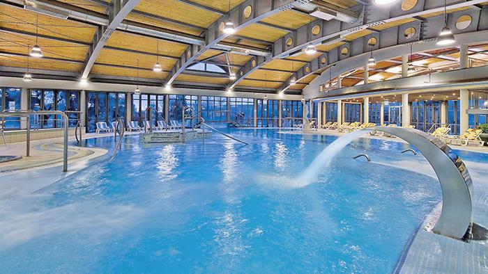 Viaggi a montegrotto terme veneto hotel petrarca - Hotel preistoriche montegrotto prezzi piscine ...