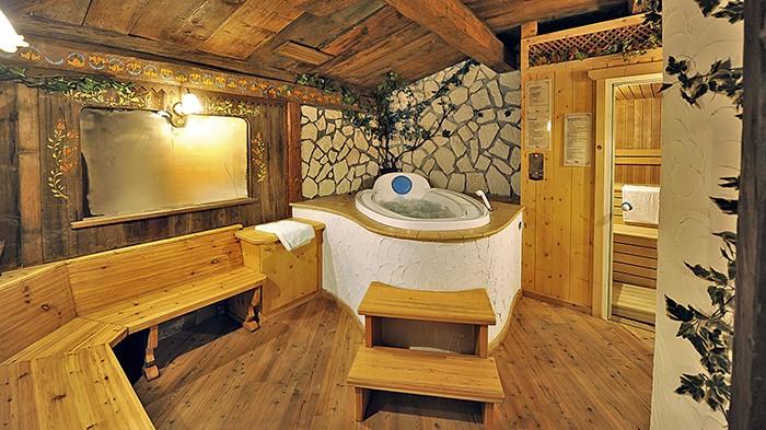 Viaggi a Vigo di Fassa, Trentino Alto Adige - HOTEL CRISTALLO ...
