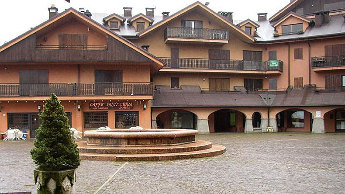 Risultati immagini per La Splaza residence Montecampione – Artogne (Lombardia - Brescia)