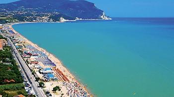 Viaggi a numana an marche adamo ed eva resort eurospin viaggi - Divano letto offerta eurospin ...