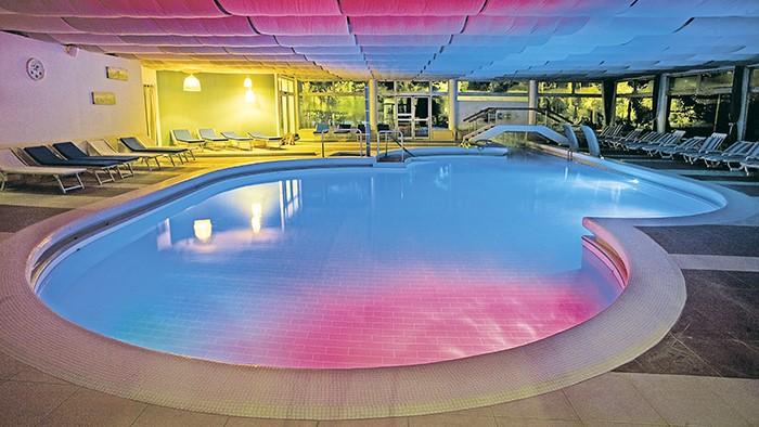 Hotel mioni royal san - Hotel mioni pezzato ingresso piscina ...
